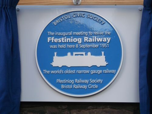 The blue plaque commemorating the Bristol meeting